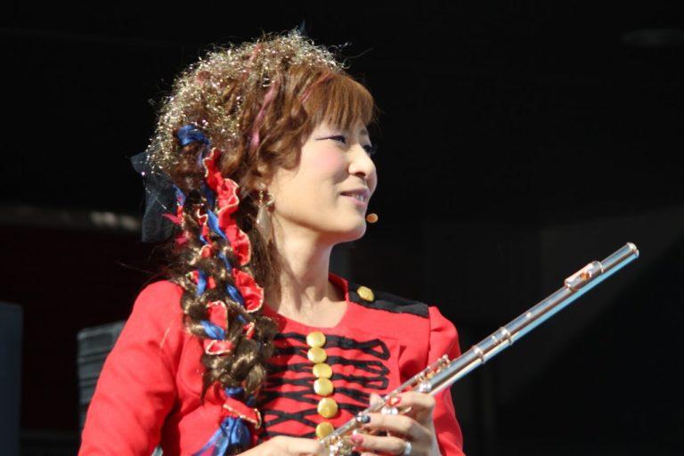 akiko yamada フルート 明子山田 山田 明子 山田明子 flute 音楽 ドレス 久留米 音楽教室 音楽教師 フルート奏者